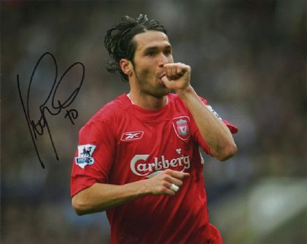 Luis Garcia, Liverpool & Spain, signed 10x8 inch photo.